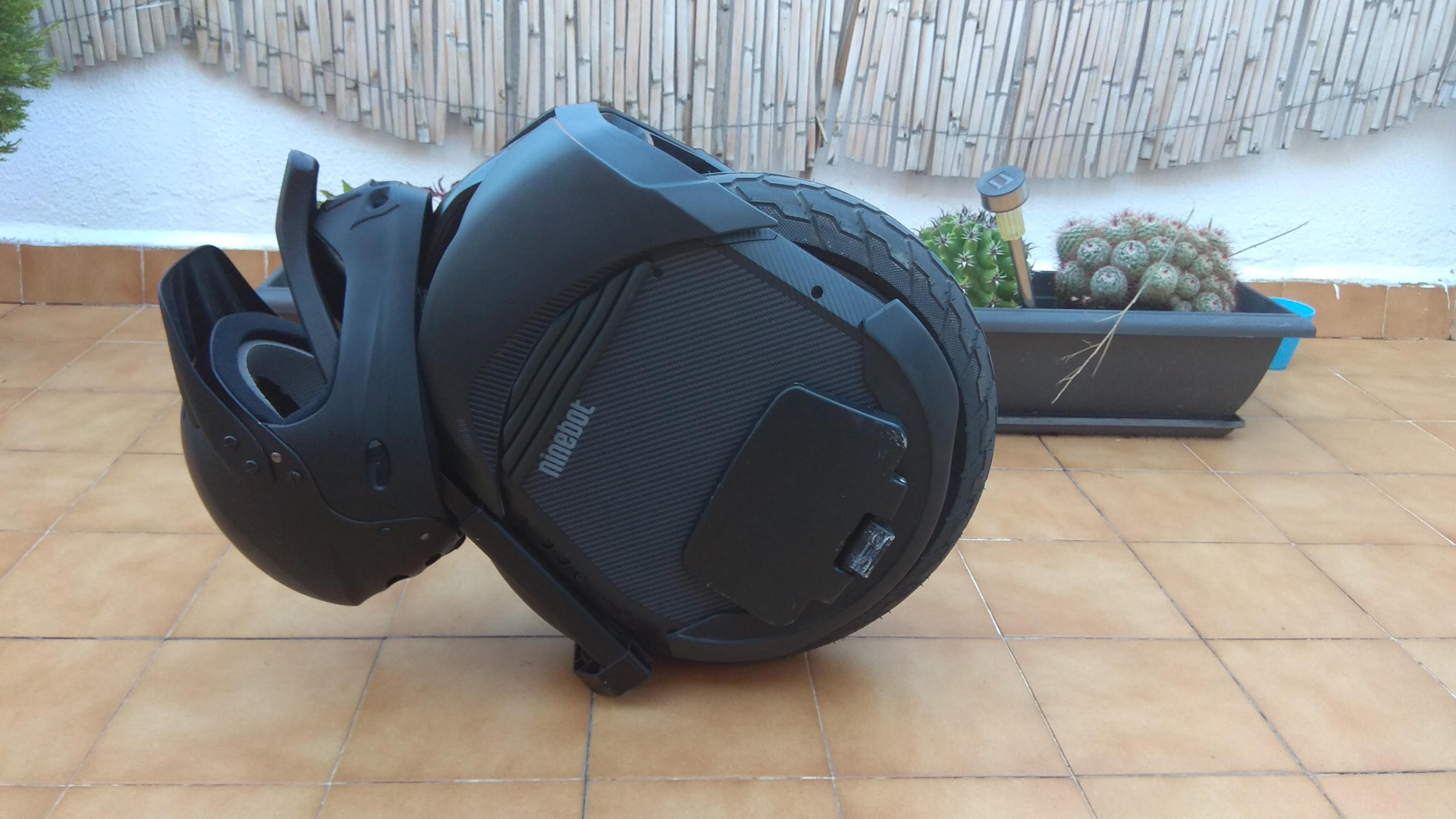 Ninebot-Z10-helm