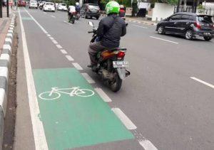 jalur sepeda putus-putus